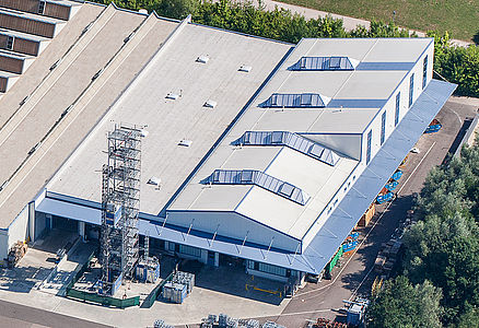 2012 Construction of a 3,300 m² production and despatch hall for big and industrial elevators