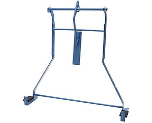 Board lifting frame