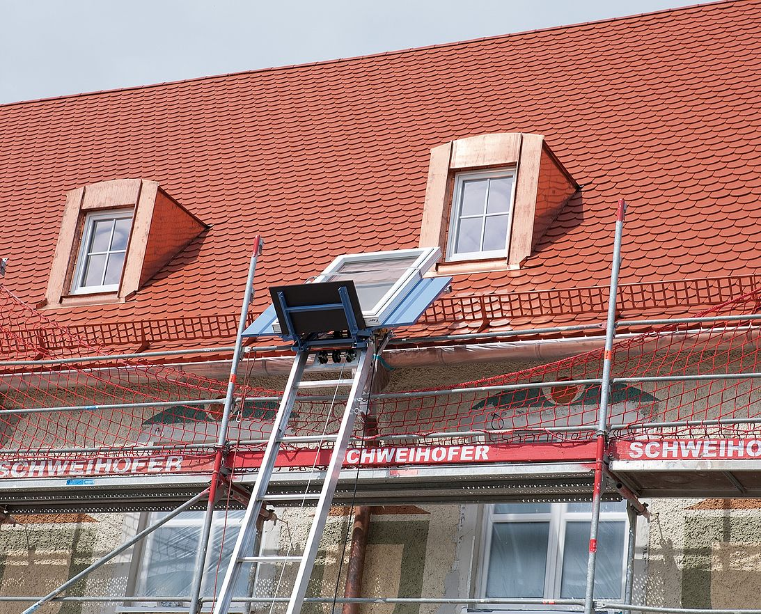 Inclined Hoist For Roofers Construction Workers Geda